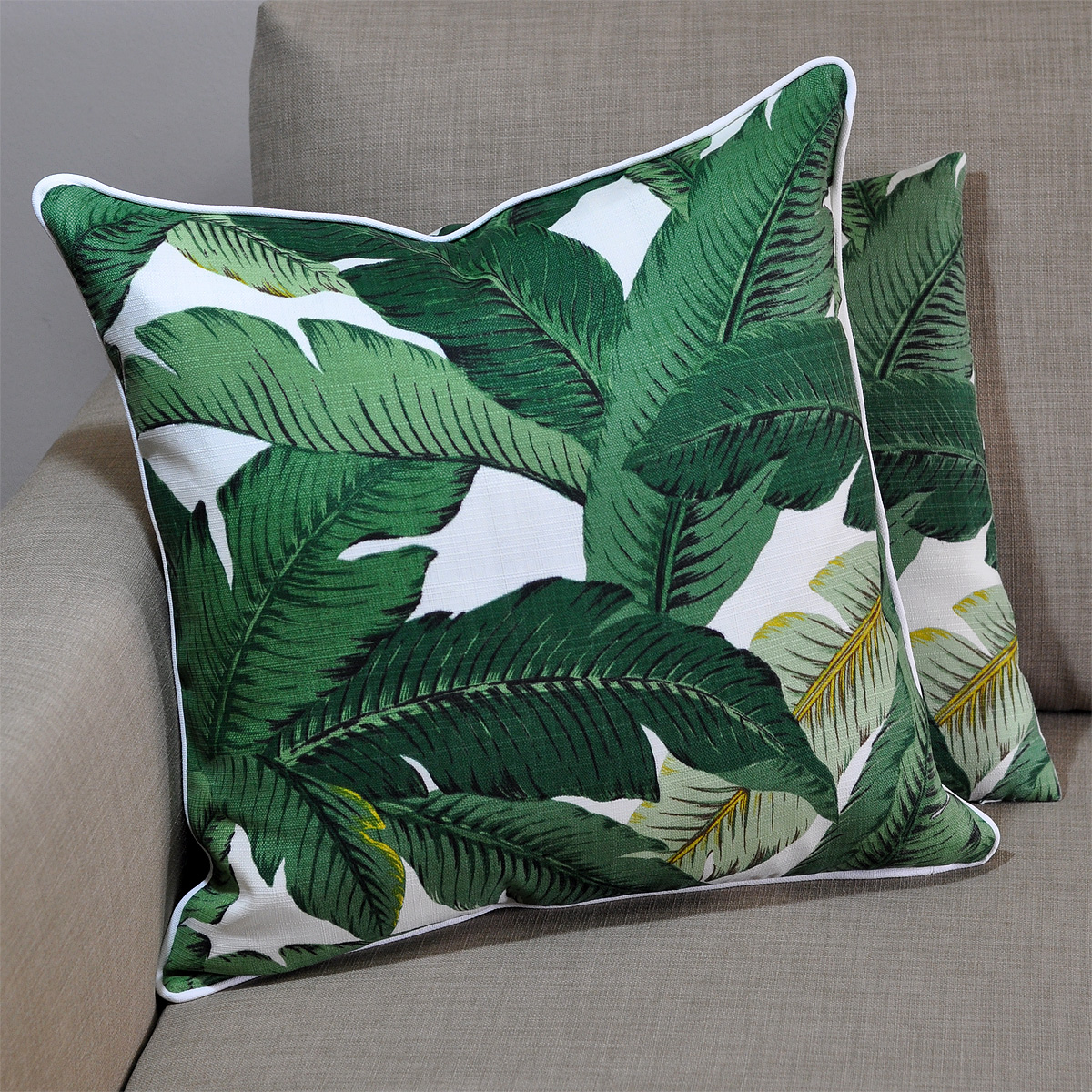 Palms Aloe Cushion With Cloud Piping 45x45cm Hupper