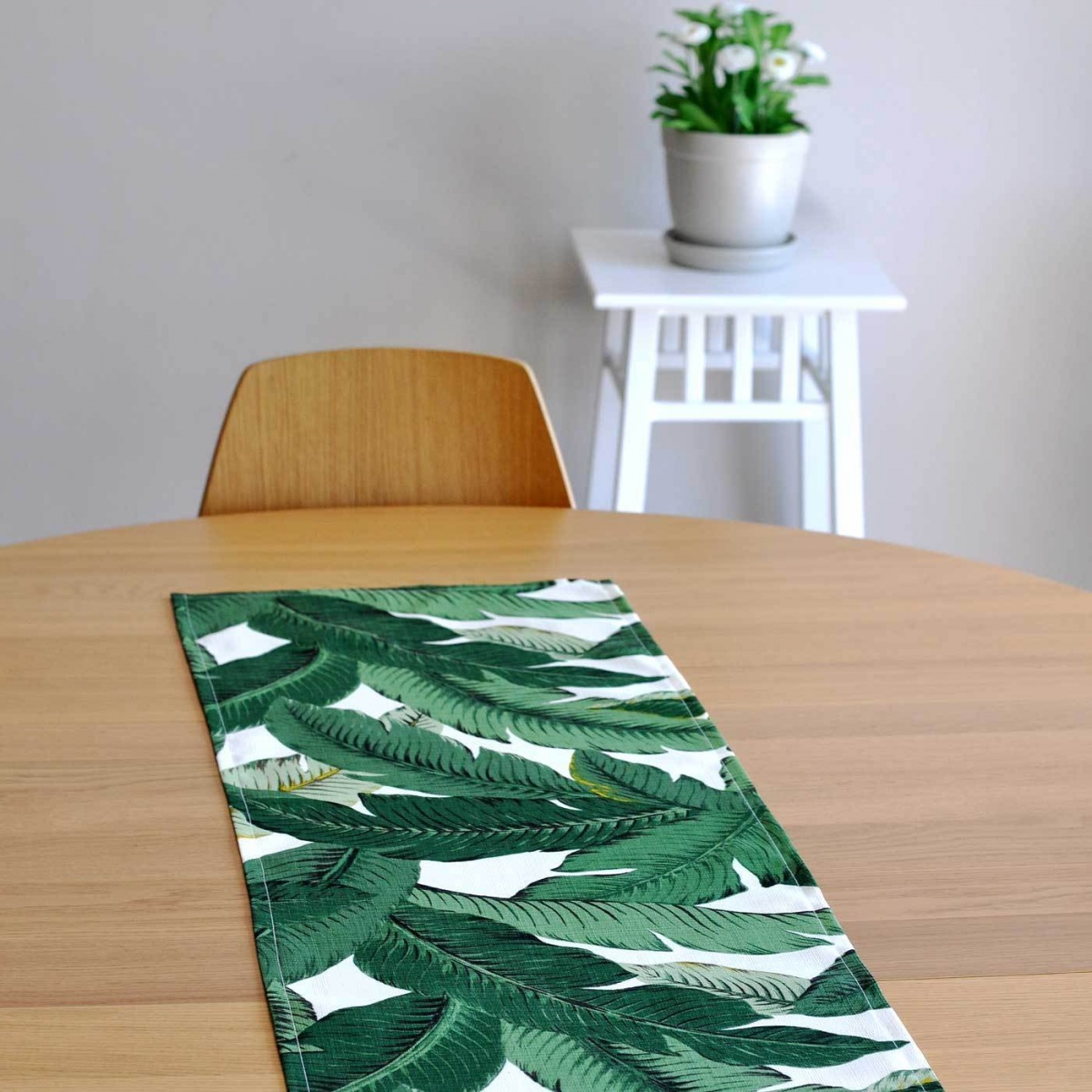 190x40cm Swaying Palms Table Runner